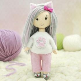 Набор для создания куклы из фетра «Девочка - котёнок»
