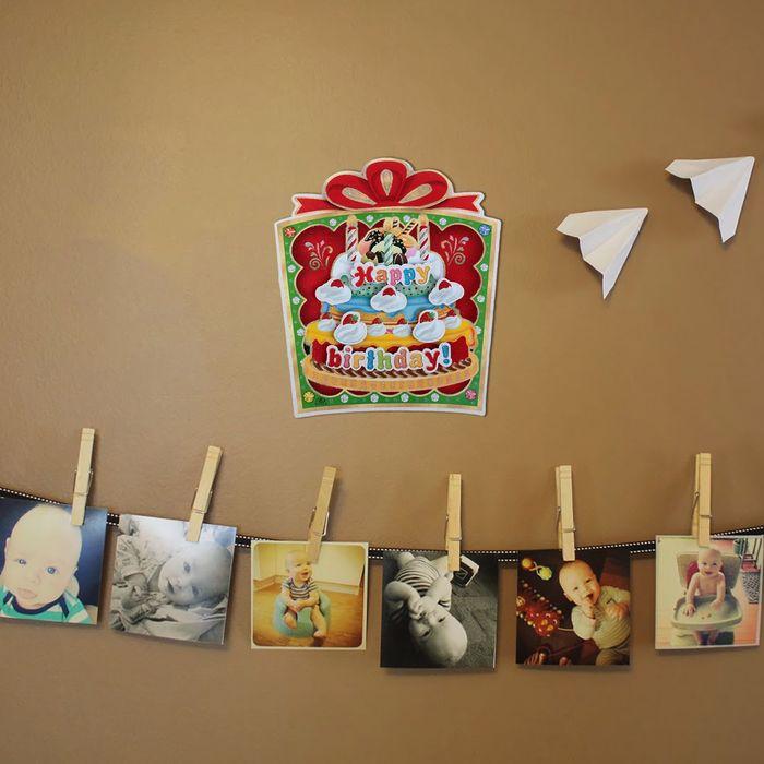 Плакат С Днём Рождения, подарок с тортом