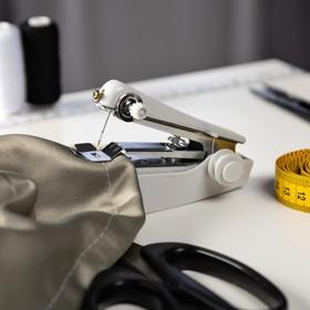 Швейная машинка LuazON LSH-08, механическая, портативная, белая