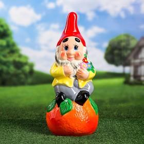 """Садовая фигура """"Гном на апельсине"""", разноцветный, 47 см, микс"""