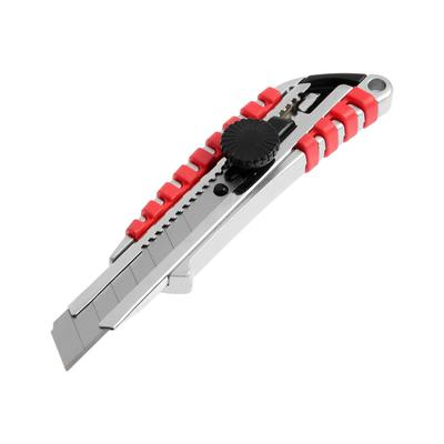 Нож универсальный TUNDRA, прорезиненный металлический корпус, винтовой фиксатор, 18 мм