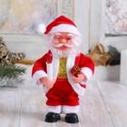 Дед Мороз, со свечой и колокольчиком
