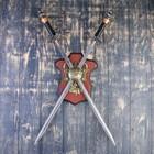Сувенирное оружие на планшете «Рыцарский турнир», два меча на щите, 71см